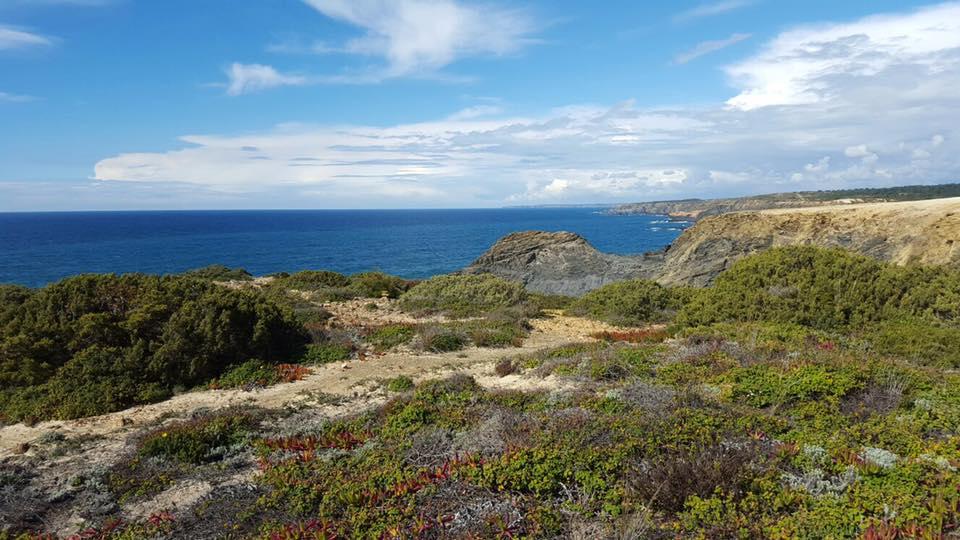 Odeceixe Algarve Portugal L'Allée du monde Gabrielle Narcy expatriation blog